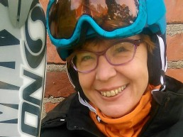 Marikki Lepaus, Kuerkievarin omistaja ja emäntä toivottaa kaikki tervetulleiksi Ylläkselle ja Kuerkievariin!